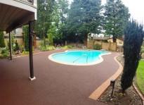 non slip rubber pool deck